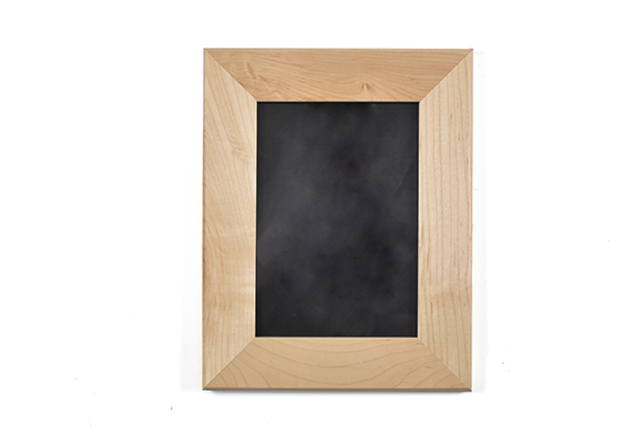 "Solid maple wood picture frame for 5"" x 7"" photo"