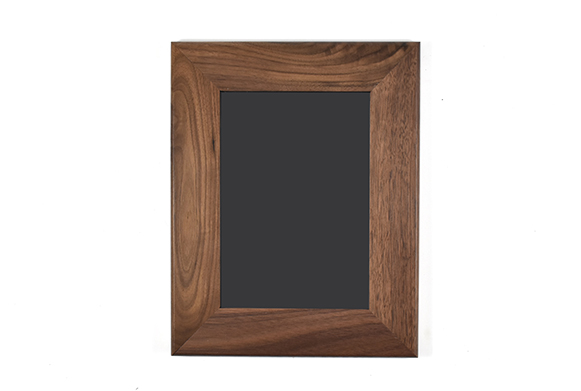 "Solid walnut wood picture frame for 5"" x 7"" photo"