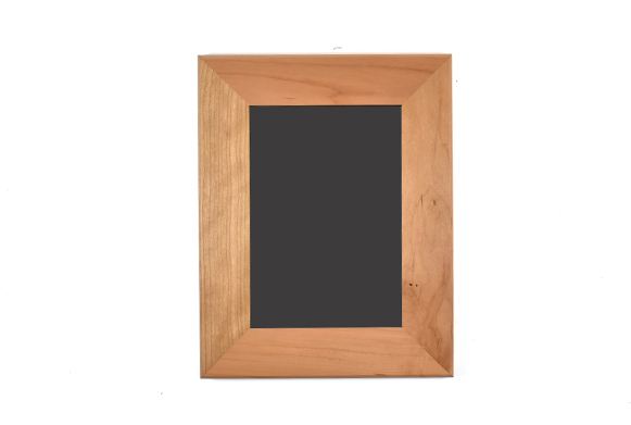 "Solid cherry wood picture frame for 5"" x 7"" photo"