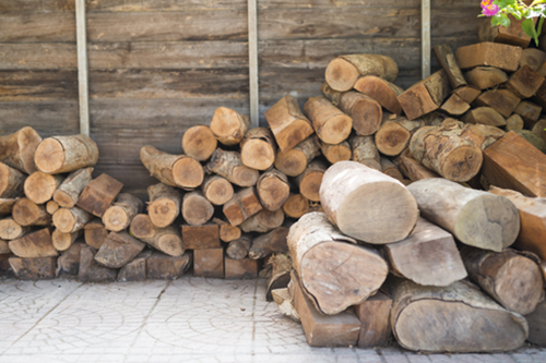 The Furniture Manufacturing Process: From Logs to Lumber